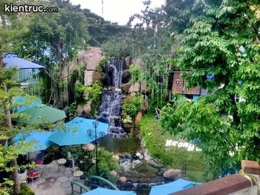 kham-pha-nhung-quan-cafe-co-thiet-ke-san-vuon-dep-va-khong-gian-yen-tinh155124800914