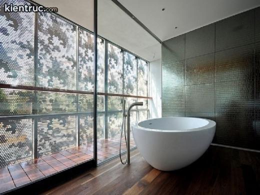 Phòng tắm hiện đại cùng nội thất tối giản, trầm lắng