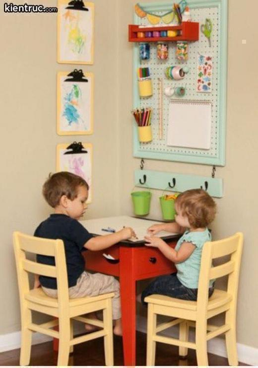 Thiết kế treo trên tường dành cho trẻ rất gọn gàng