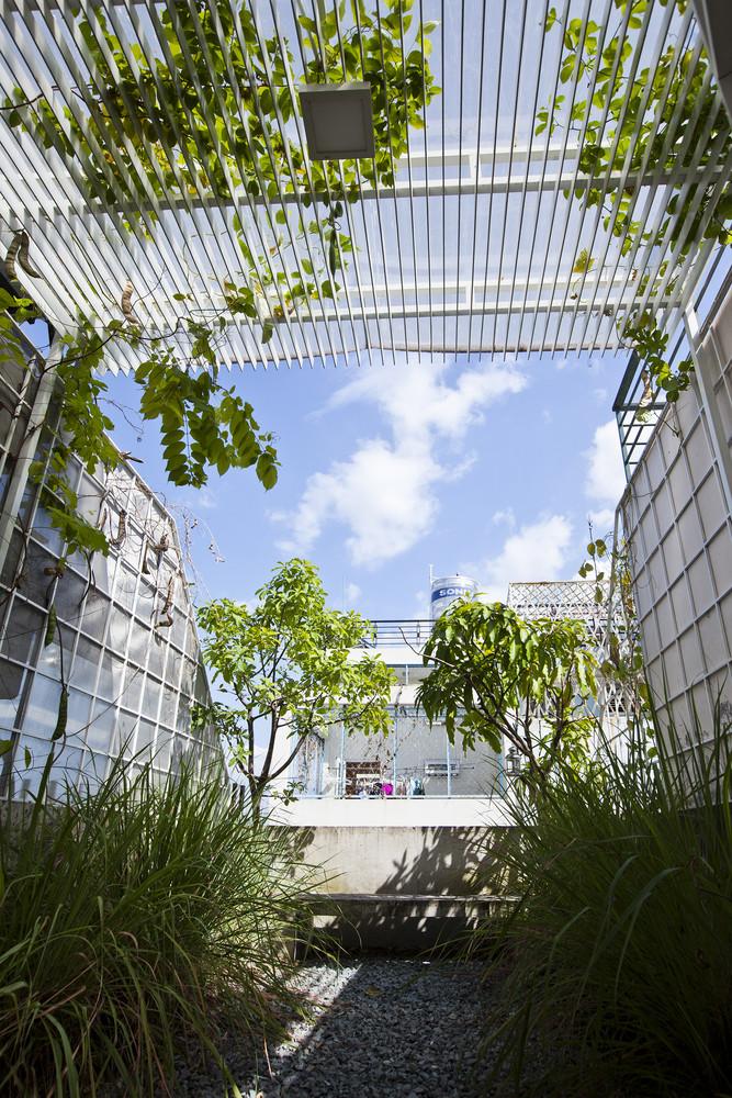 thiết kế Nhà 3 tầng tại Hồ Chí Minh 3x10 House 16 1534907471